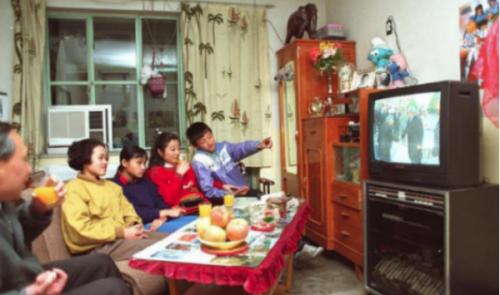 要画质、也要音质,东芝火箭炮电视Z670KF重新定义电视音响
