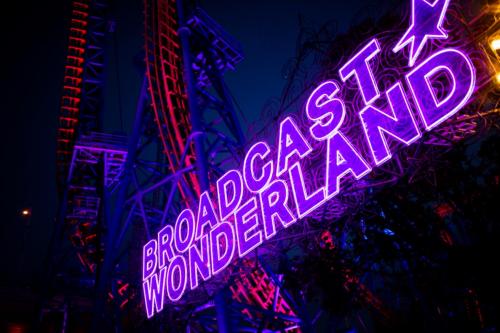 「播 broadcast 」品牌新升级摩天轮下开启星际狂想派对