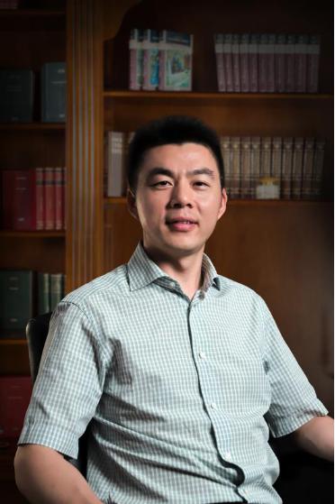 鲍彤公司董事长黄启亮访谈:坚持产业 为社会创造价值