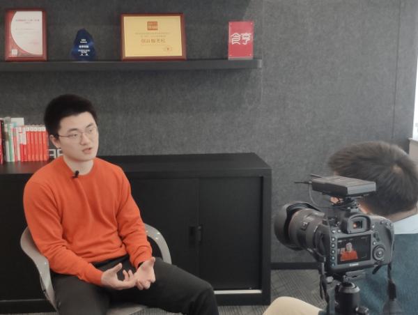 食亨CEO王泰舟对话新华社:餐饮数字化经营时代已经到来