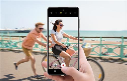 三星Galaxy A52 5G个性登场,传递年轻宣言
