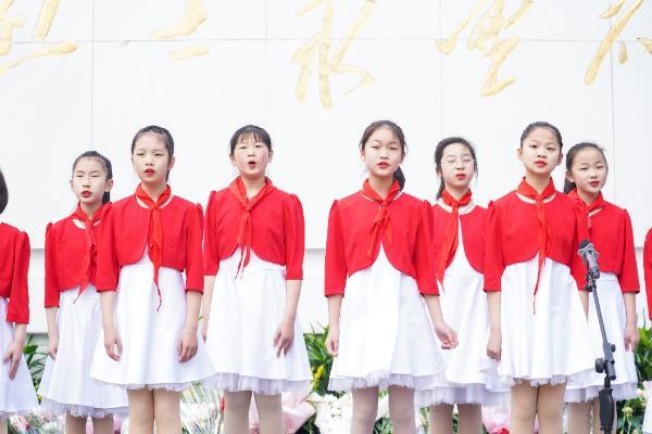 """实干兴邦,牢记使命——紫燕参与""""守护 2021清明祭英烈""""活动"""