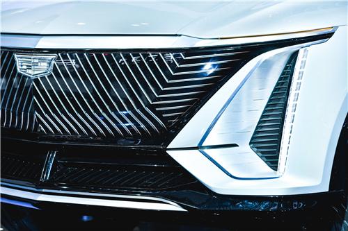 车灯科技 开启未来 华域视觉携车灯硬核科技重磅亮相2021上海国际车展