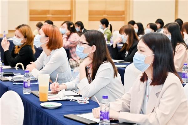 "HUAWEI WOMEN DEVELOPERS 2021华为女性开发者峰会 共同感受""她力量"""