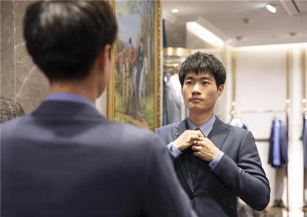 VICUTU中国男士新型象—90后外科医生:理性工作 感性生活
