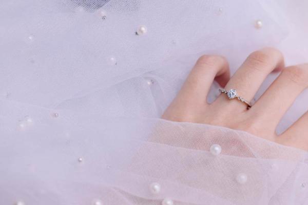 日本轻奢婚戒品牌I-PRIMO南京新店开业,谱写春的诗篇!