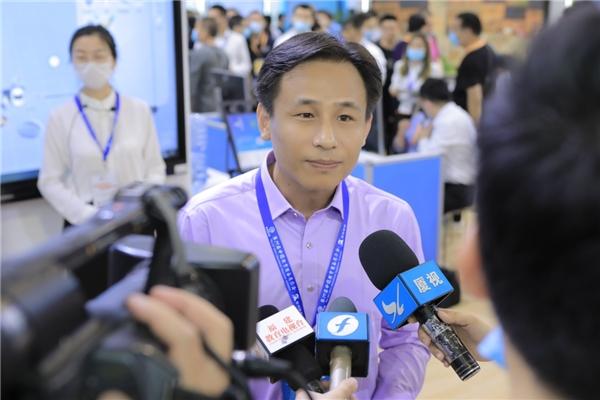 网龙数字教育产品亮相中国教育装备展 描绘未来教育蓝图