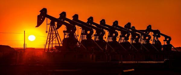 润滑油大牌领涨 第四轮涨价潮来袭?