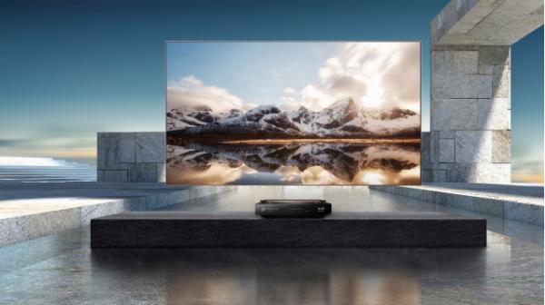 海信品质之家长沙开业,顾客当场买走一台10万激光电视