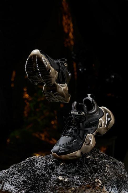 走进OGR机甲宇宙与3D立体美学工艺技术的幕后故事