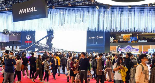 上海车展获超级网络名人品牌中国哈弗滚动合资剑指全球