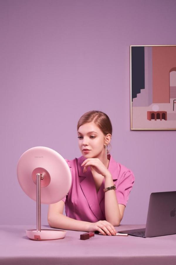 专业美妆镜品牌斐色耐新品上市|MUSE女神镜专为高级感氛围妆而设计