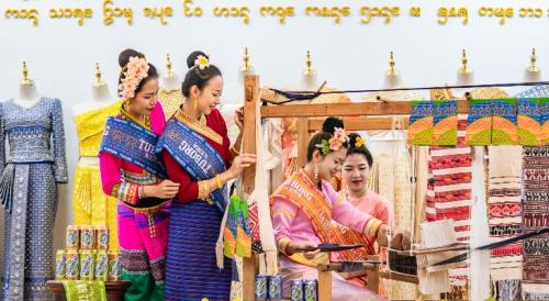 乐堡啤酒联手2021泼水节取水少女选拔大赛,创新演绎傣族风潮流!