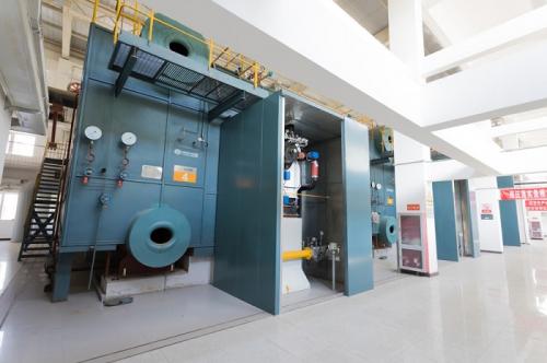 中正燃气供暖锅炉进入非运行保养阶段 为客户提供专业的锅炉养护服务