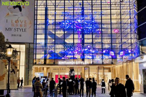 晶泓科技LED透明屏助力新天地潮力升级
