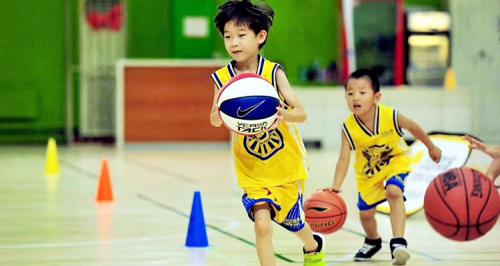 动因体育:睡眠不足影响学习质量,增加体育锻炼助力身心健康