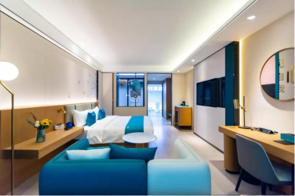 轻住集团新品牌样板间首次揭面纱 亮相上海酒店投资展引领投资热潮