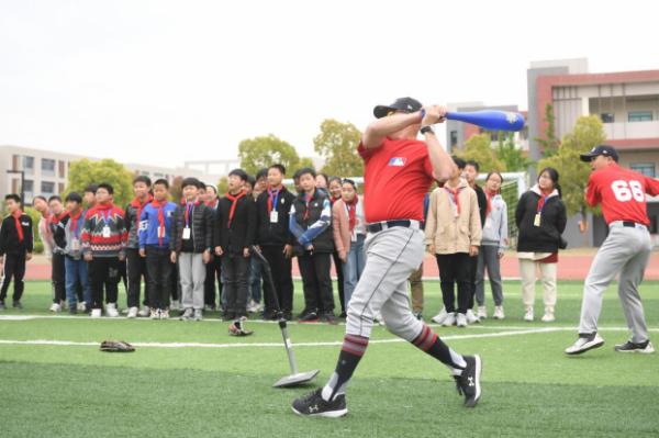 棒球四月下扬州,MLB First Pitch棒球公益课扬州站开课