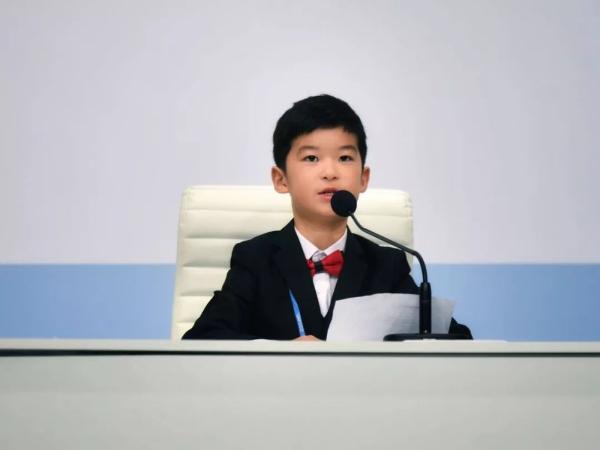 少年榜樣,讓世界聆聽中國聲音