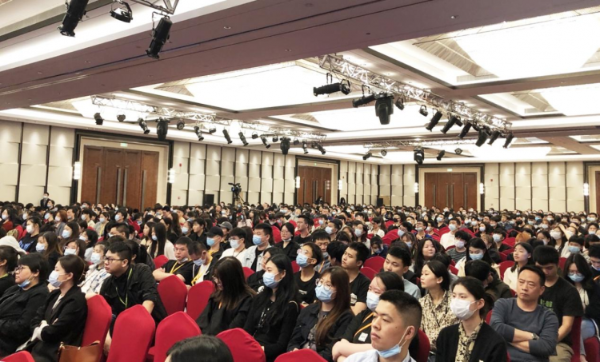 潭州教育创始人周有贵寄语从业15周年:为普通人的教育梦奋斗