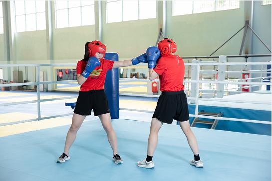 斯凯奇x上海体育学院附属竞技体育学校 强强联手,共推中国竞技体育发展