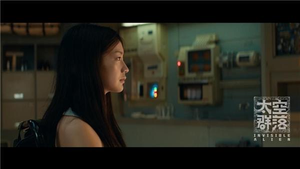 电影《太空群落》获双项国际奖 深空号揭秘外星文明