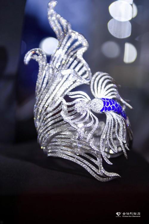 相约海南,金伯利钻石携璀璨珠宝亮相消博会!
