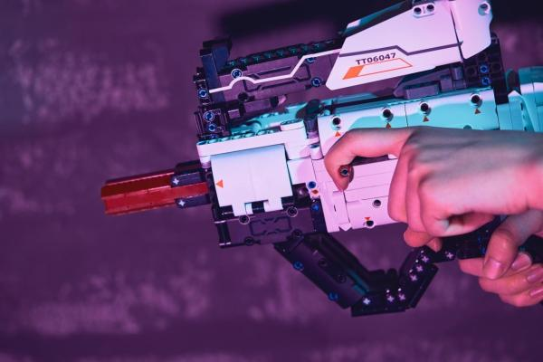 亲手造玩具枪?积木AR枪小米有品火爆众筹中!