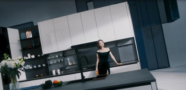 我乐家居发布520新作《我乐意》广告片 高圆圆新独立女神范霸气十足