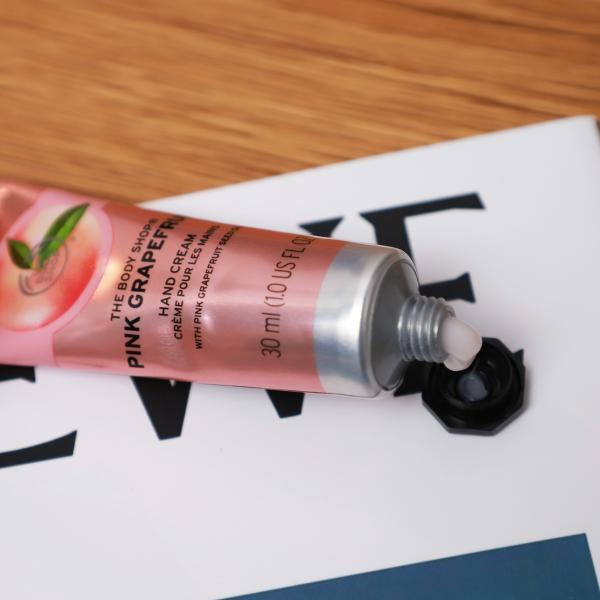粉红色的柔软,TheBodyshop粉红西柚润手霜