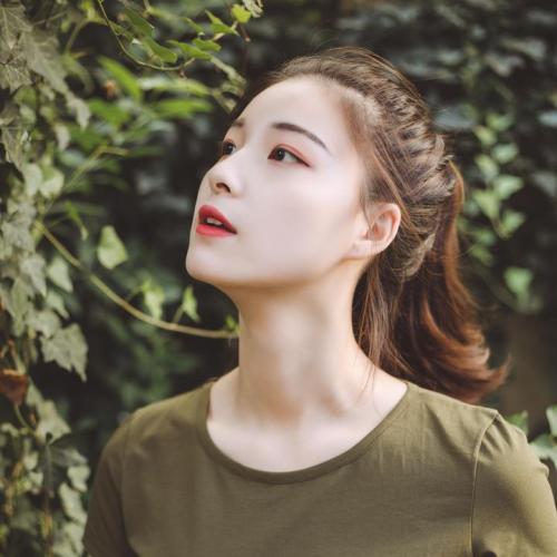 凯瑞玛X葛漂亮:代餐界新星助力网红直播