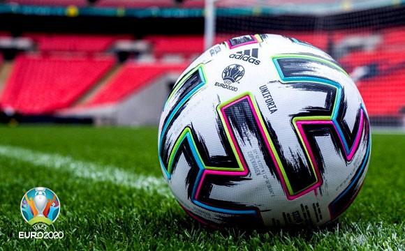 欧洲杯官方用球出炉,Uniforia的名字有何用意