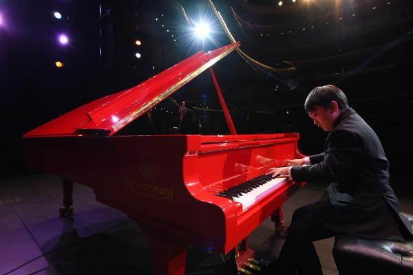 廖偲楷首场钢琴独奏音乐会,点亮西九龙戏曲中心大剧院