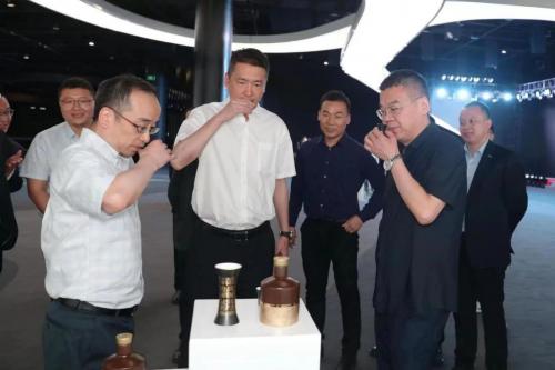 """连续四年增速过100%,升级版""""舍得×苏宁""""看中啥业务?"""