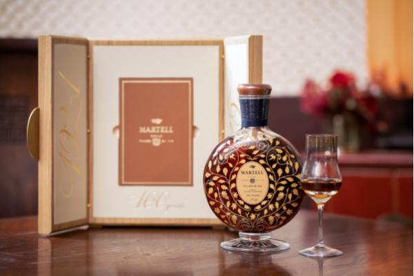 风土再现 瓶中百年 马爹利发布世纪珍藏系列1921稀有年份干邑