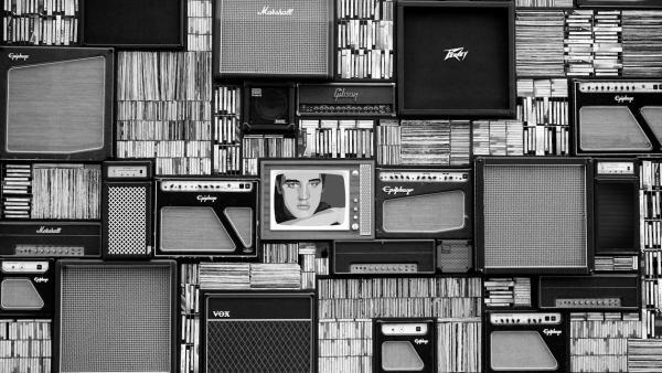 """《倍速阅读:信息茧房的背后,是缺失阅读能力来""""破茧""""》"""