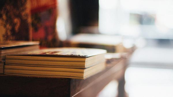 """《当书价一再逼得读者""""望书兴叹"""",全民阅读的期盼又能走多远?》"""