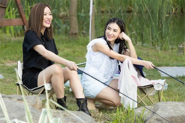 江苏卫视《阳光姐妹淘》首播女神张柏芝节目中坦言不会再百分百付出