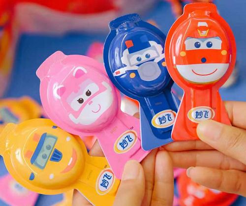 家长注意!孩子除了爱吃糖,导致儿童龋齿的原因还有这3个,提前预防很关键!