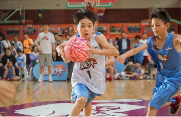 紫燕百味鸡冠名《灌篮少年》强势来袭——点燃你的少年热血篮球梦