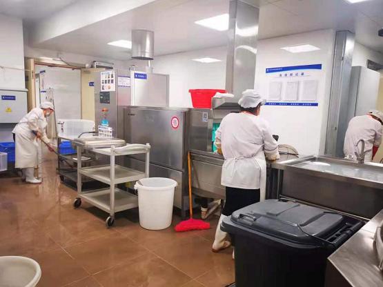某大型企业引进迈科洗碗机,联手打造'员工好食堂'