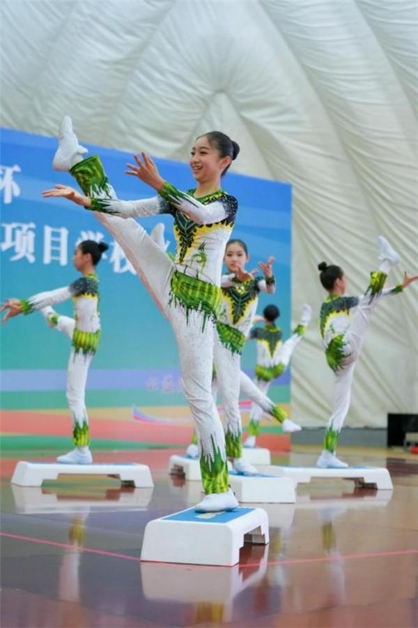 探索全民健身新形式:北京传统校健美操比赛举行