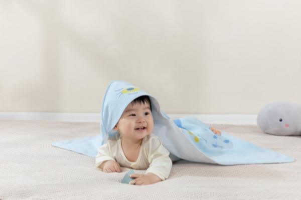 全棉时代21春夏婴童 斑斓世界,探索全棉轻柔舒适感