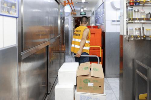 为广州抗疫贡献力量,美团快驴多措并举保障餐饮商家供给