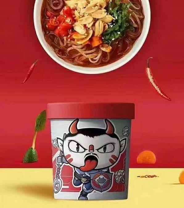 食族人×何洛洛为青春加足料!