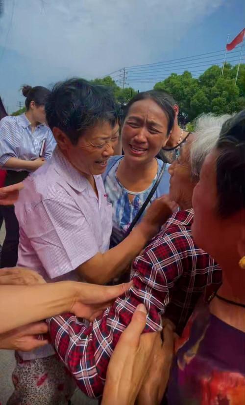 江苏女子被拐42年,抖音寻亲一个月回家
