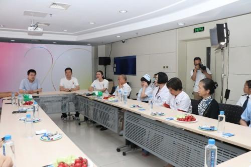 传递社会温暖 伽玛为血液病患者捐赠爱心消毒物资