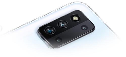 三星手机品牌大使张彬彬用Galaxy F52 5G发现身边的爱