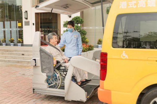 """失能老人如何有尊严的老去?共享之家做失能老人""""守护者"""""""