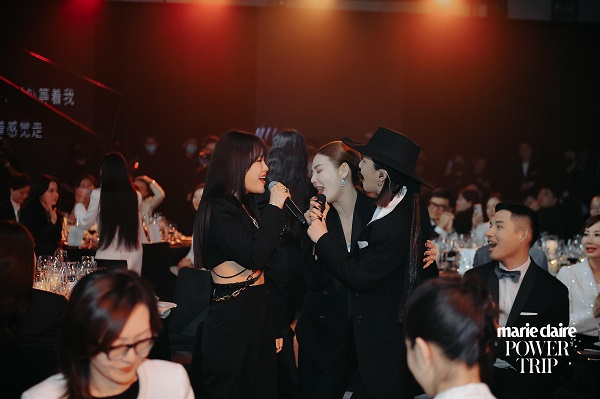 嘉人女性影响力之夜点亮上海 ——首个全女性阵容时尚盛典亮相